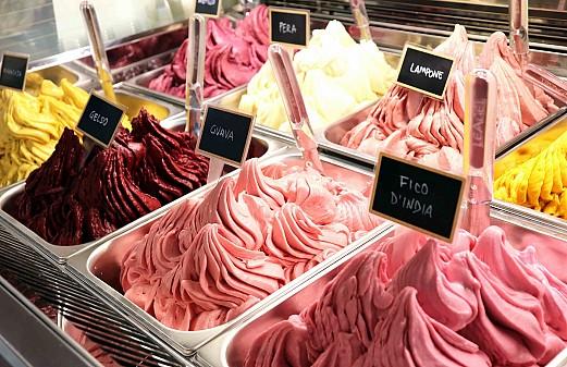 Sladoledna baza, pasta in preliv - vloga polizdelkov pri izdelavi sladoleda